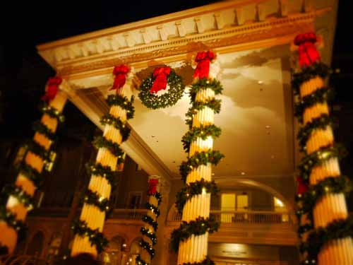 Moana Surfrider Christmas decoration